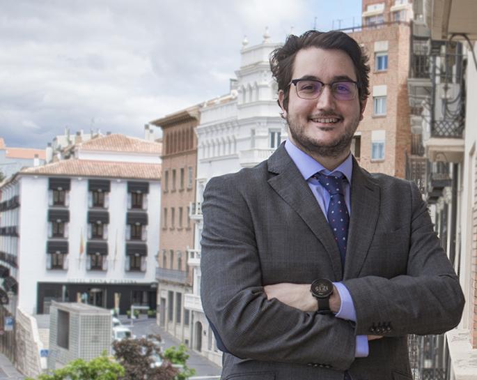 Trayectoria profesional - Víctor Gómez